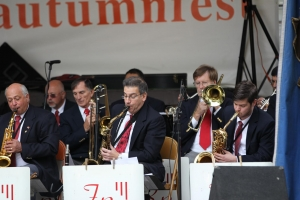 Dave Jost, Tom Nutile and Ryan Brooks on the Front Line. Roger Grove back there on Jazz Trumpet, Dick Auger on Bone 1 and Dick McGrath on Bone 3